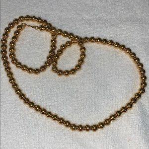 Vintage Monet Gold Tone Necklace